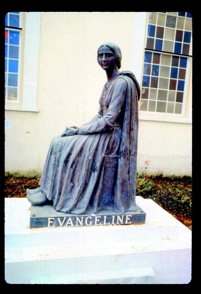 פסל אבנגלין