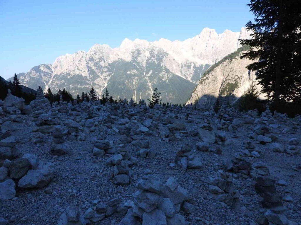 סלעים במעבר ורשיץ'