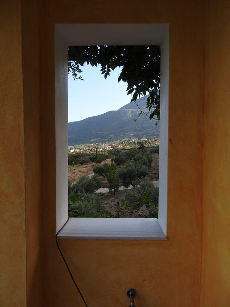 חלון לנוף יווני