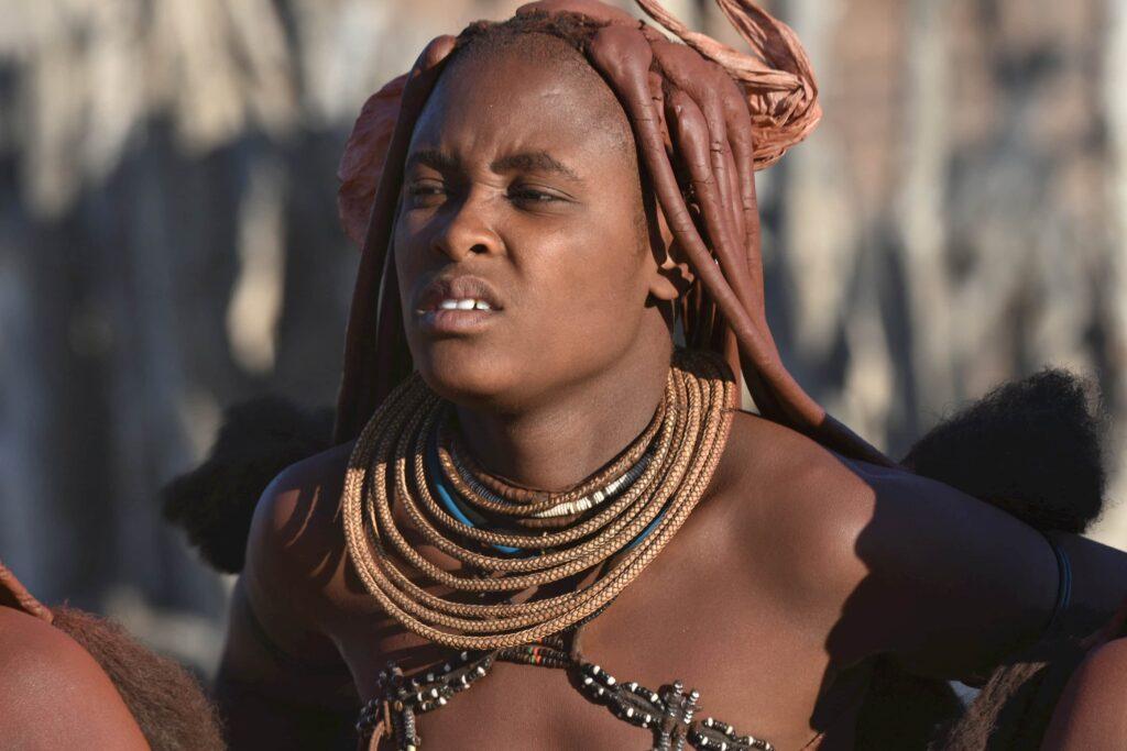 אישה משבט ההימבה