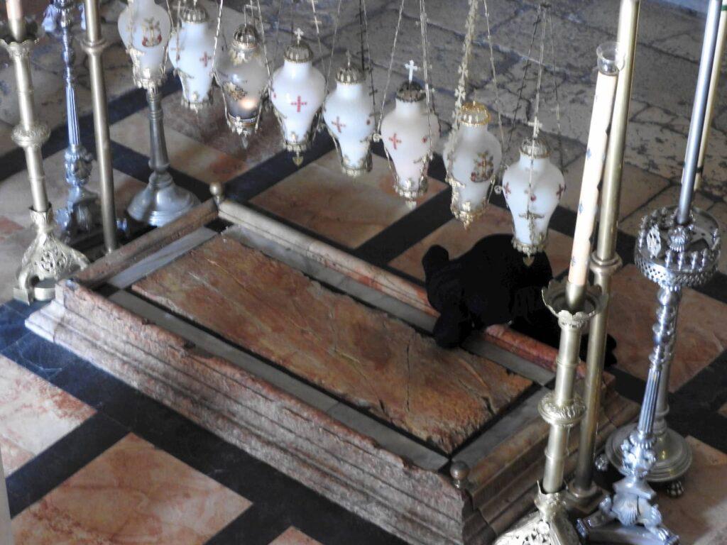 אבן המשיחה כנסיית הקבר